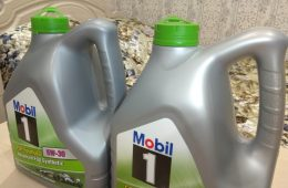 Как отличить оригинальное моторное масло от подделки
