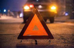 В Смоленске водитель внедорожника сбил двух пешеходов и скрылся