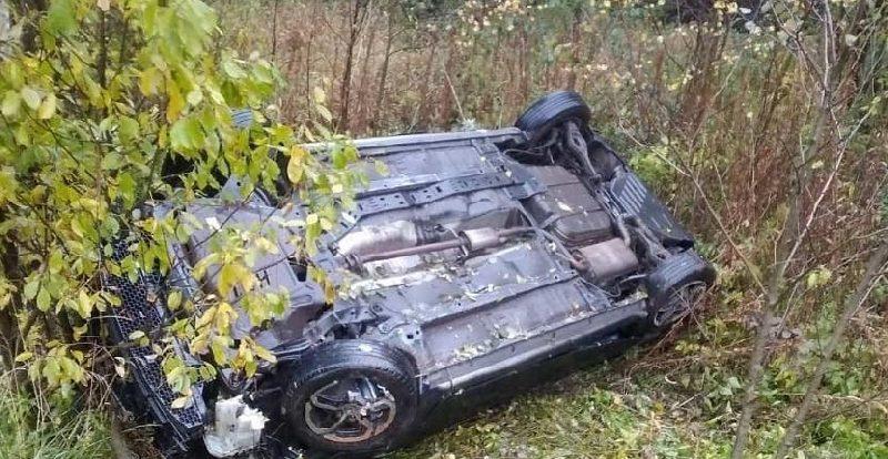 Пассажир автомобиля «Лада Гранта» пострадал в ДТП в Кардымове