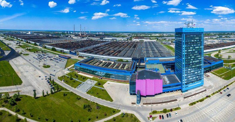АвтоВАЗ останавливает производство трёх моделей из-за нехватки комплектующих
