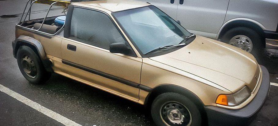Старенький Honda Civic оснастили двигателем V8
