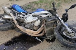 В Смоленской области столкнулись отечественная легковушка и мотоцикл