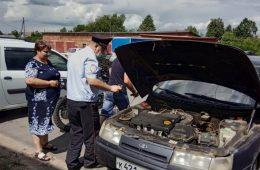 Велижские автовладельцы получили госуслуги в мобильном пункте ГИБДД