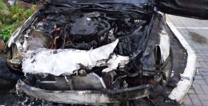 Опубликованы подробности автопожара на улице Твардовского в Смоленске