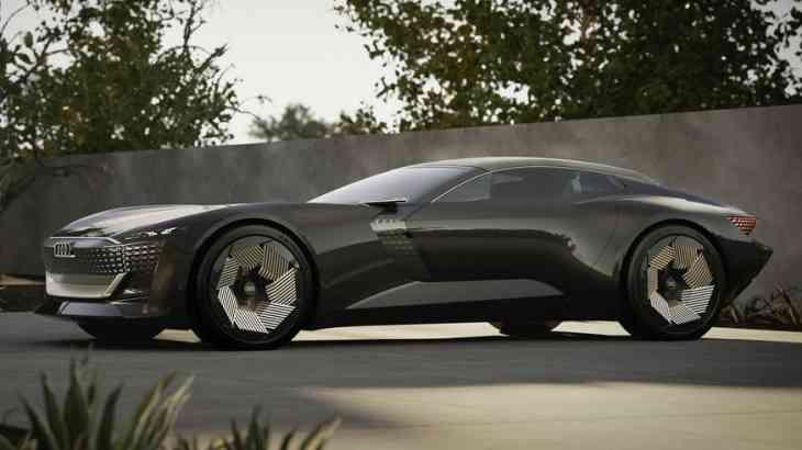 Будущее Audi: марка показала концепт двухместного родстера Skysphere с раздвижным кузовом