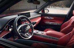 Кроссовер Genesis GV70 готовится к старту продаж в РФ: бензин или дизель, дешевле «немцев»