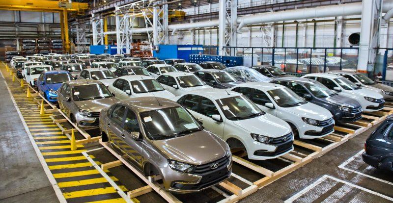 АвтоВАЗ возобновил производство на всех линиях, но ненадолго